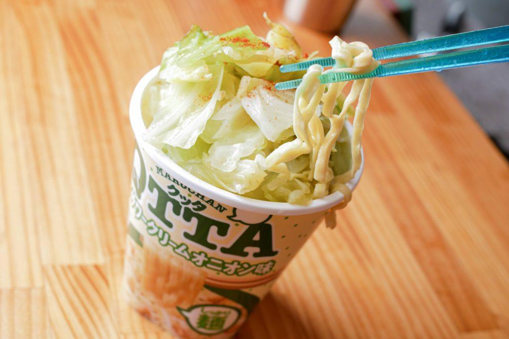 サワークリームオニオン味のQTTA